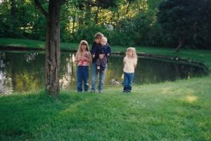 Kids at Golden Gate pond